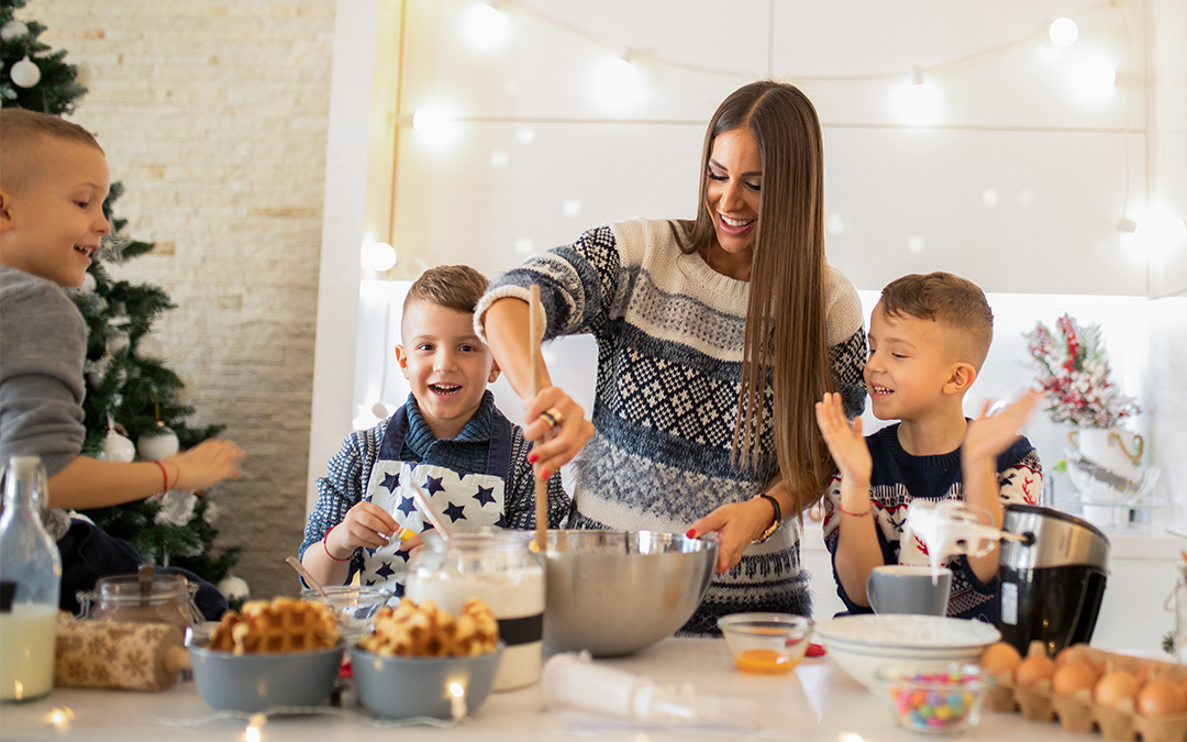 4 Ways to Keep the Holidays Cheerful with Custody Schedules
